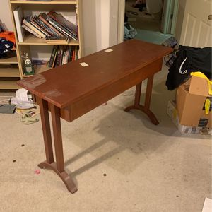 Desk for Sale in Hayward, CA