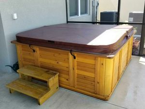 HOT TUB for Sale in Riverview, FL