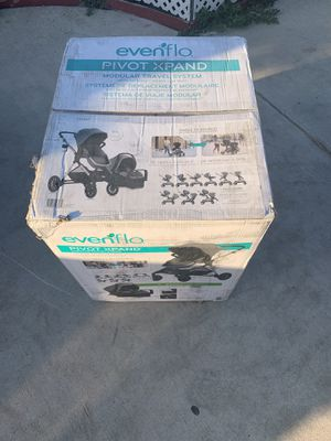 Evenflo pivot xpand travel system for Sale in Highland, CA