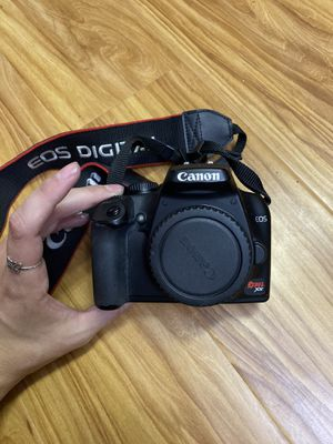 Canon Rebel XS with Travel Bag & Accesories for Sale in Littleton, CO