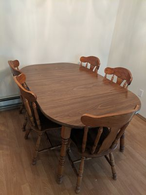 Kitchen table 5 chairs with leaf for Sale in Puyallup, WA