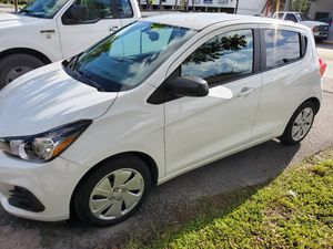 Chevy Spark 2017 for Sale in Miami, FL