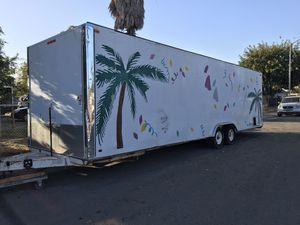 Lonchera 2002 Carson trailer for Sale in French Camp, CA