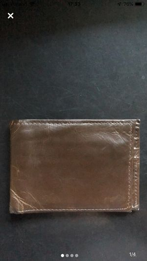 Genuine leather wallet for Sale in Lakewood, CO