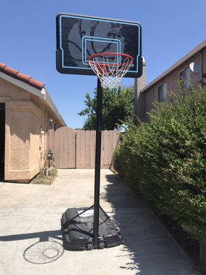 Basketball hoop for Sale in Newman, CA