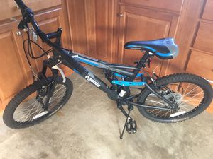 "20"" Mongoose Ledge 2.1 Boys' Mountain Bike, Black for Sale in Chantilly, VA"