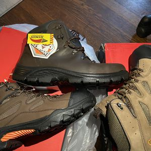 Size 11.5 Steel And Composite Toe Work Boots for Sale in Atlanta, GA