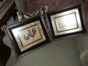 Set of 2 Rooster hen pictures for Sale in Cleveland, OH
