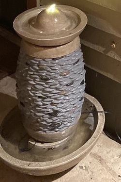 Fountain for Sale in Damascus,  OR