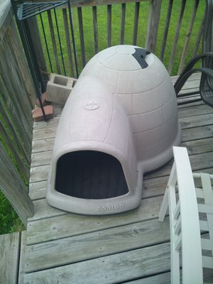 Dog igloo house for Sale in Minneapolis, MN