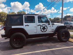 2009 JEEP WRANGLER 4X4 UNLIMITED X for Sale in Lithia, FL