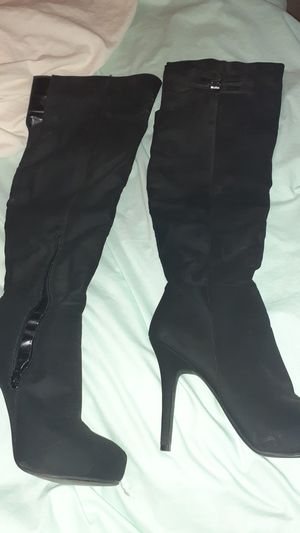 Reduced 8.5 suede over knee boots for Sale in El Paso, TX