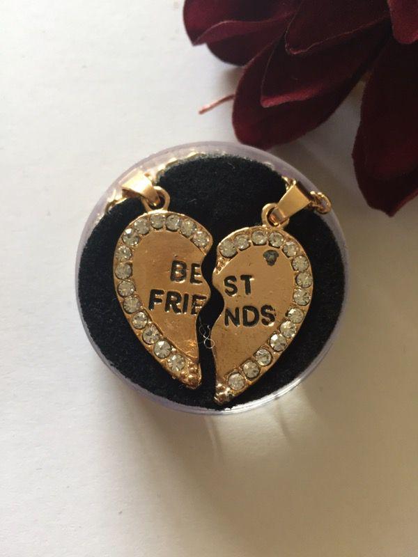 Best friend heart. Keychain set.