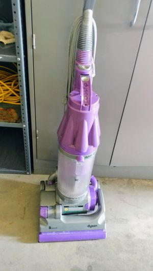 Dyson animal vacuum for Sale in Midvale, UT