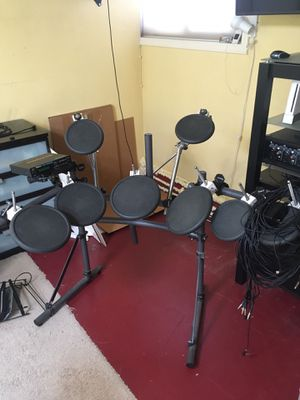 Roland electric drum kit for Sale in Tacoma, WA