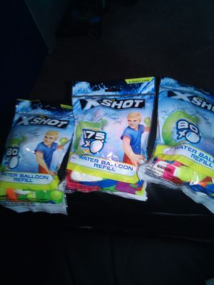 Great for Easter 335 water balloons with hose or sink adapter in each bag for Sale in Hannibal, MO