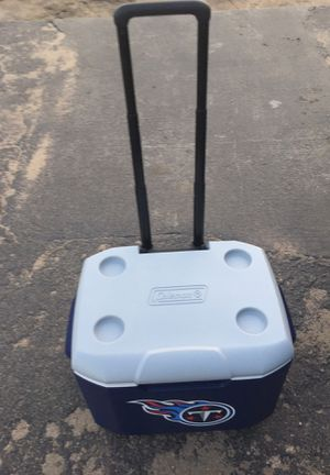Wheeled cooler Tennessee Titans for Sale in Wichita, KS