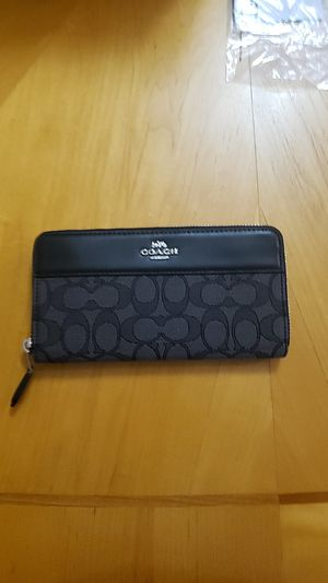 Coach Women's Wallet - New,Unused for Sale in Temecula, CA