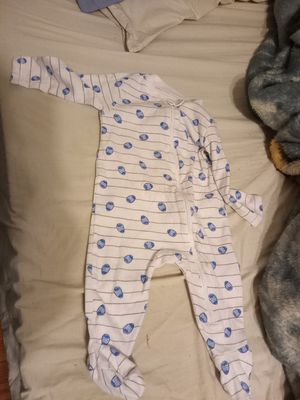 Old Navy sleeper six to nine months unisex for Sale in Portsmouth, VA