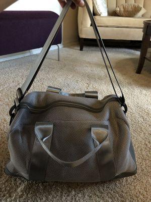 Grey DSW gym bag for Sale in Avondale, AZ
