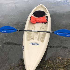 Pelican Apex 100 Sit On Top Kayak for Sale in Silverdale, WA