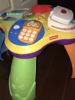 Fisher-Price Toddler Toy/Juguete for Sale in Hayward,  CA