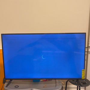 50 inch vizio smart tv for Sale in Arlington, VA