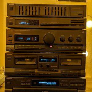 Technics SD-S2400 Hi-Fi Stereo System, Made In Japan. for Sale in Long Beach, CA