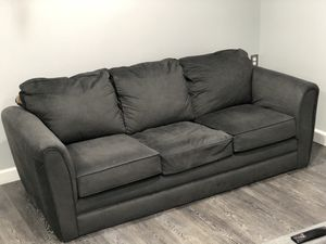 3 Seat Couch for Sale in Upper Marlboro, MD