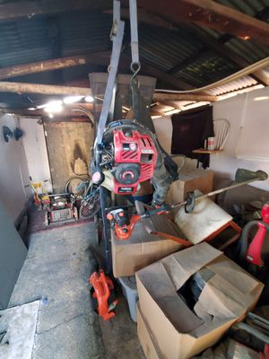 Gas leaf blower and gas weedeater for Sale in Redlands, CA