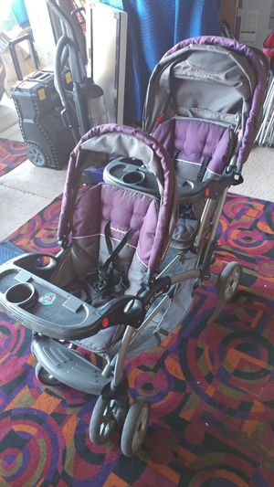 Sit N Stand Double Stroller for Sale in Las Vegas, NV
