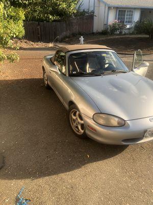 1999 Mazda CONVERTIBLE **RUNS GREAT** **ICE COLD A/C** for Sale in Sacramento, CA