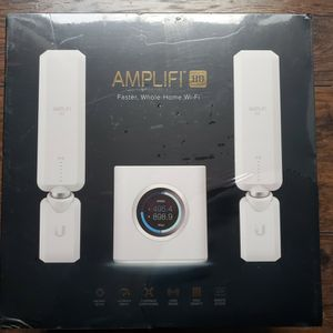 NEW SEALED! AMPLIFI HD WHOLE HOME WIFI ROUTER WIRELESS SYSTEM EXTENDER 2 MESHPOINTS AFI-HD for Sale in Chandler, AZ