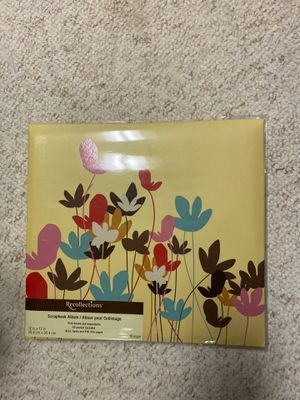 Floral scrapbook for Sale in East Peoria, IL
