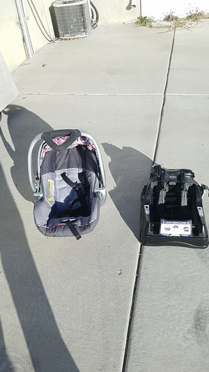 Car seat for Sale in West Valley City, UT