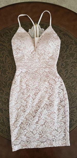 Ivory Lace bodycon dress for Sale in Belle Isle, FL