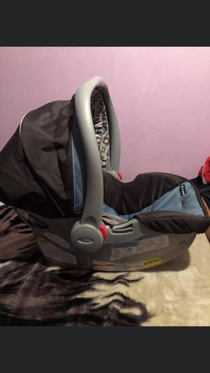 graco baby car seat for Sale in Plant City, FL