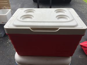 Igloo cooler for Sale in Webster Groves, MO