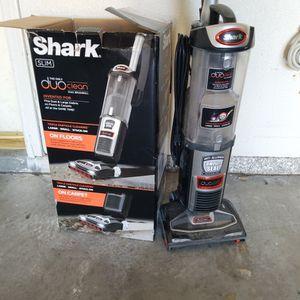 Vacuum- SHARK slim DUO for Sale in Henderson, NV