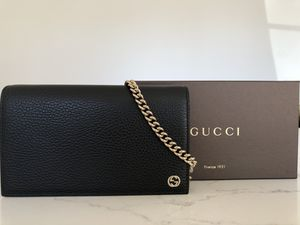 Gucci Petite Leather Wallet on a Chain for Sale in Anaheim, CA