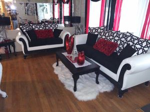 I am selling my 2 couches never sit on it selling my 3 coffee table for Sale in Reading, PA