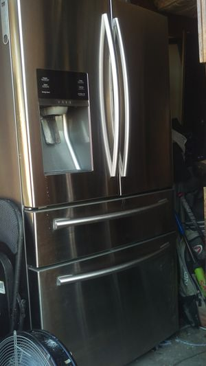 Samsung French Door Refrigerator for Sale in Houston, TX