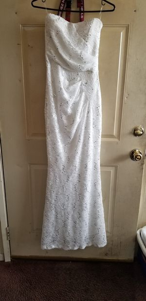 White w/ Lace Bridal/Prom dress for Sale in Los Angeles, CA