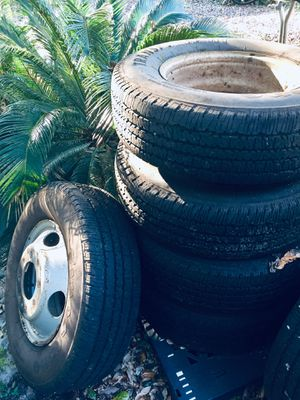 """17"""" dually rims & tires Ford for Sale in Destin, FL"""