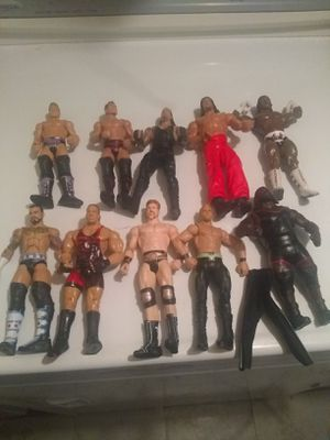 WWE ACTION FIGURES LOT OF 10 for Sale in Garfield Heights, OH