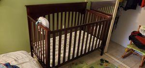 Graco crib for Sale in LAKE CLARKE, FL