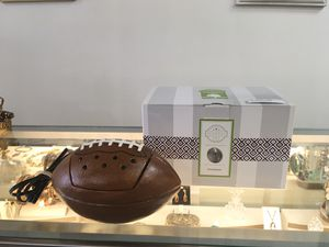 Scentsy touchdown warmer with box for Sale in North Royalton, OH