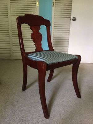 Antique chair for Sale in Lexington, KY