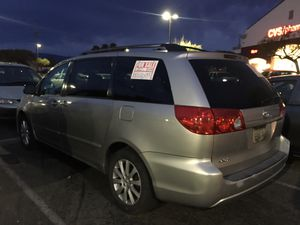 toyota sienna works were good trasmision motor works good for Sale in Salinas, CA