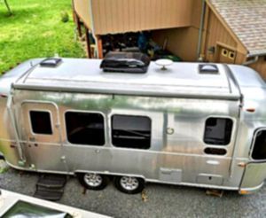 Spare Tire Bracket 2016 Airstream Flying Cloud 23FB travel trailer ⚪ for Sale in Amarillo, TX